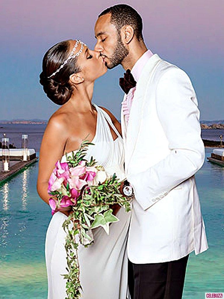 550a033e8c Top10 – Esküvői ruhák kismamáknak | Mommy&More