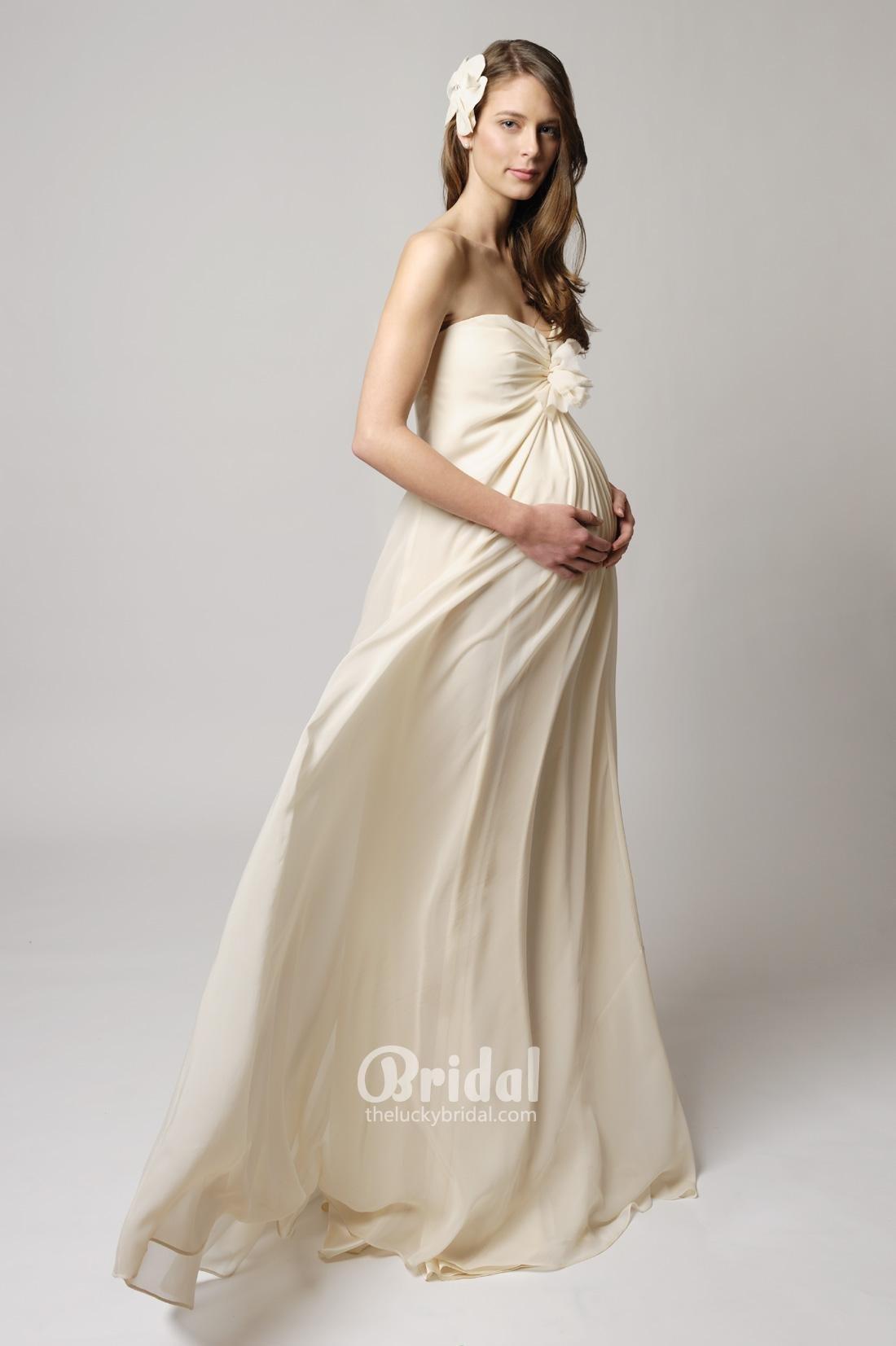 6608117707 princess-strapless-chiffon-maternity-wedding-dress-1 A görögös szabás  ezúttal hosszú változatban. yvone_ivory_2 Rövid ujjú, csipkével díszített  álomruha